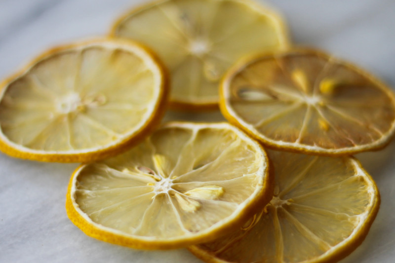 Dried lemon rounds