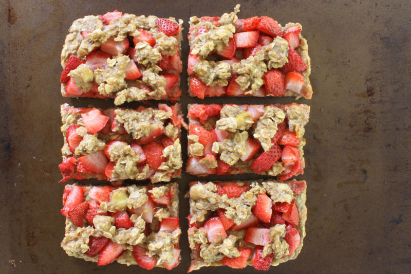 Strawberry-Banana Breakfast Bars